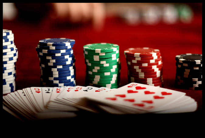 3 Ways Software Entrepreneurship Is Like Poker